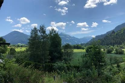 KITZBÜHEL: Schönes, sonniges Grundstück mit Altbestand