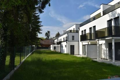 Leobersdorf: belagsfertige Doppelhaushälfte mit 5 Zimmern, Keller, Balkon, Abstellplatz