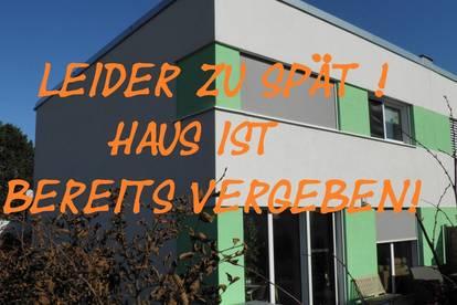 Doppelhaushälfte mit Top-Ausstattung in ruhiger Siedlung - ZU SPÄT - HAUS BEREITS VERGEBEN !!!