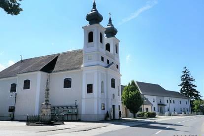 Neu revitalisiertes Geschäftslokal in Thenneberg