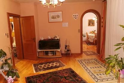 Einfamilienhaus mit 220 qm Wohnfläche