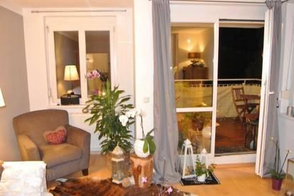 Entzückender und hochwertiger Wohntraum mit Balkon in absoluter Grünruhelage