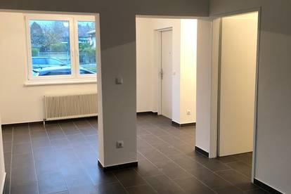 Reisebüro/ Friseur / Kosmetik / Büro
