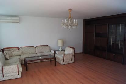 Große, gut ausgestattete 3-Zimmerwohnung von Privat