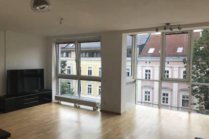 Provisionsfreie helle 2 Zimmer Wohnung im Zentrum mit Tiefgarage