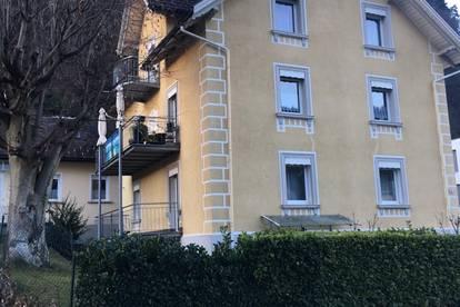 Helle und gut geschnittene 3 ZKB mit Balkon in ruhiger aber zentraler Lage zu vermieten