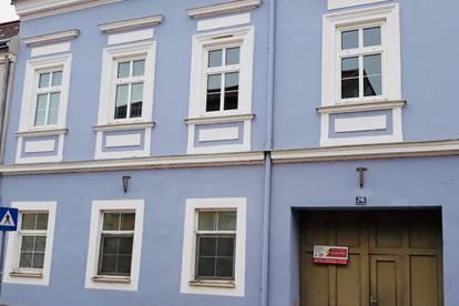 Stadtwohnung 50qm im Zentrum Neu renoviert