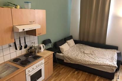 Private Studio Zimmer Möbiliert mit Eigene Kuche