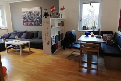 Helle 4 Zimmer Maisonette Genossenschaftswohnung