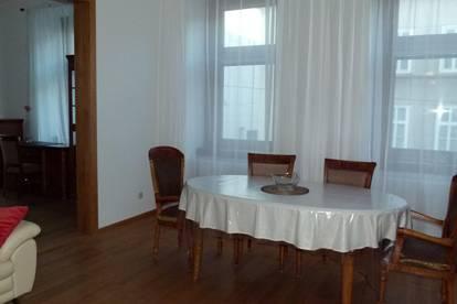 Neuvermietung - sehr schöne Wohnung, voll möbliert und komplett ausgestattet