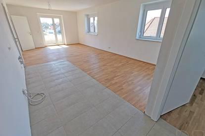 DB IMMOBILIEN   Erstbezug! Generalsanierte und sonnendurchflutete Wohnung mit viel Freifläche sucht neue Besitzer!
