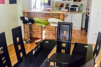 Schöne, helle Wohnung im 1. OG - provisionsfrei von privat