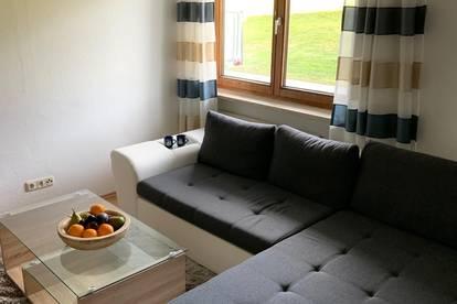 Erdgeschoss, vollmöbliert, große, schöne Wohnung mit tollen Ausblick.