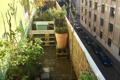 Sonnige WG mit Balkon und grüner Terrasse – sucht MitbewohnerIn