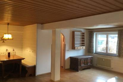 Gemütliche Und ruhige Erdgeschosswohnung mit privatem Garten. Provisionsfrei!