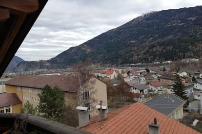 Ruhig und sonnig gelegene Dachgeschoss-Wohnung