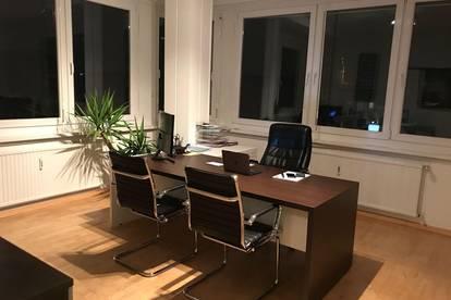 Ohne Maklerkosten: Büro/Kreativ-Office/Praxis/Studio in der Innenstadt, traumhafter Blick über Klagenfurt