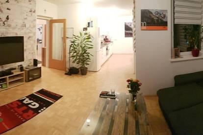 Helle 3-Zimmer Mietwohnung incl. Loggia und TG