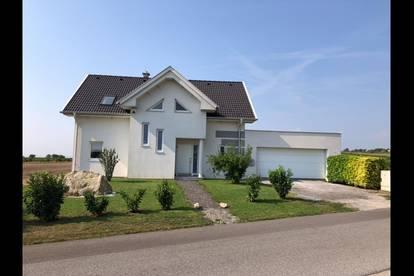 Haus mit Neusiedlersee-Blick, große Terasse & Garten, unverbaut, provisionsfrei