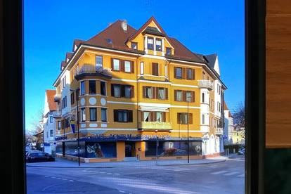 Altbauwohnung Zentrum mit kl. Balkon
