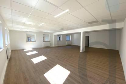 Tolle neu sanierte Bürofläche im Stadthaus von Bischofshofen mit 113 m² zu verkaufen (Erstbezug)!!!