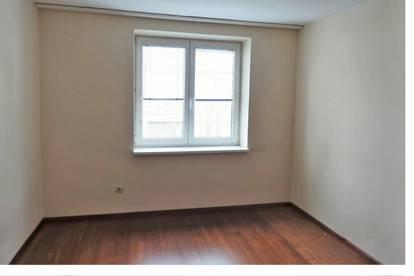 Ruhige 4 Zimmer Stadtwohnung zu vermieten
