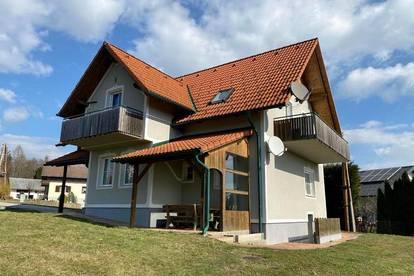 Mehrfamilienhaus in Aussichtslage mit Potential!