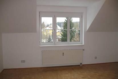 3-Zimmer-Wohnung, 76m², Küche, 2,5km zum Attersee , Garage, PKW-Abstellpl., Keller