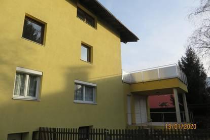 Ruhige Familienwohnung mit großer Dachterrasse in unmittelbarer Stadtnähe (Innsbruck)