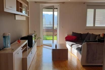 Maisonette Wohnung, 90m² inkl. Terrasse und Garten, eigenen Eingang, Keller, Carport-Stellplatz
