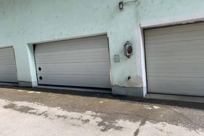 Garagenplatzschnäppchen in Doppelgarage mit Zentrumsnähe zu vermieten