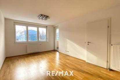 Ruhige 2-Zimmer-Wohnung in Uninähe mit Loggia und Tiefgaragenplatz
