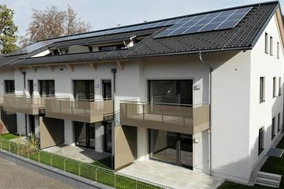 SOFORTBEZUG: 3 Zimmer Neubau Wohnung mit großem Balkon und Aussicht