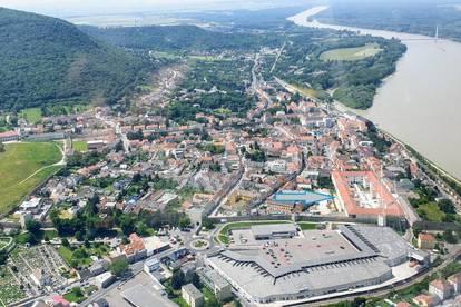 PAUL & Partner: ERSTBEZUG & PROVISIONSFREI: Living in Hainburg - unbefristeter Mietvertrag!