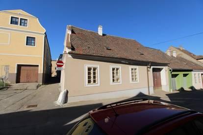 P&P: Einfamielienhaus im Zentrum der Weinstadt Retz