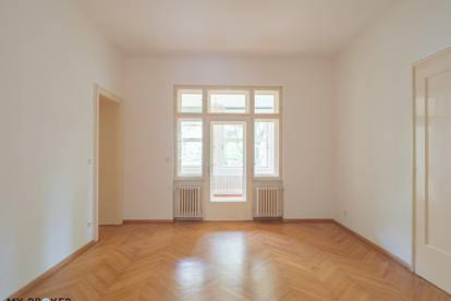 Großzügige 5 Zimmern Wohnung mit Wintergarten und Balkon