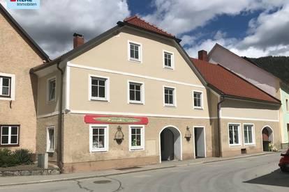 Gut gelegenes Wohn- und Geschäftshaus in 8832 Oberwölz