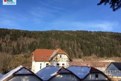Saniertes Zinshaus / Wohnhaus für Anleger in sonniger, zentrumsnaher Lage in 8680 Mürzzuschlag