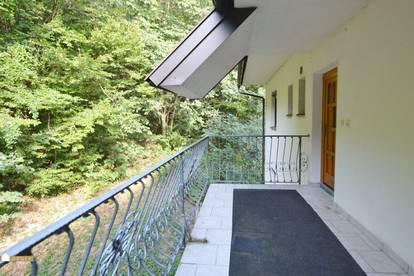 2 Zimmerwohnung mit eigener Terrasse beim Eingang im waldreichen Klausen-Leopoldsdorf