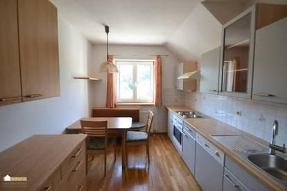 Klausen Leopoldsdorf: 2 Zimmer Wohnung mit extra großer Küche