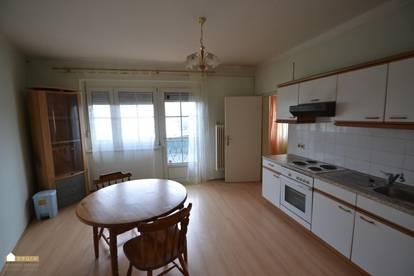 günstige Wohnung mit Schlafzimmer, Küche Balkon, inkl. Heizkosten
