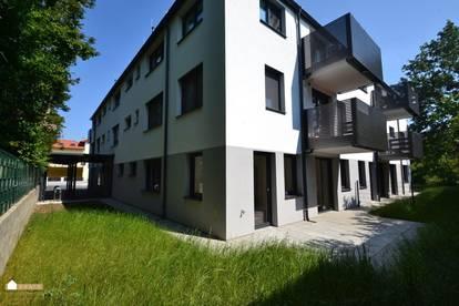 Gartenwohnung, 3 Zimmer PKW Stellplatz, Erstbezug!