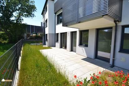 Top 3 Zimmer Gartenwohnung im Grünen, Erstbezug!