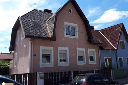 Ruhige Wohnung im Dachgeschoß