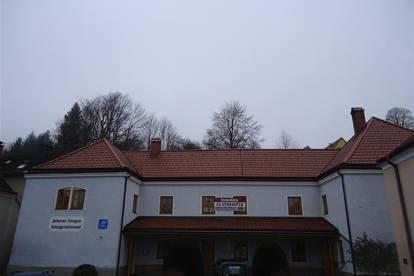 Mehrparteienhaus mit Ausbaupotenzial zum Penthouse