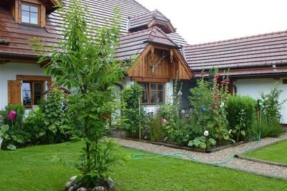 BIO -LANDHAUS mit ca. 4000qm Grund beim 2 Haus: Werkstatt, Innenhof, Büro 2. Wohneinheiten möglich/Physio