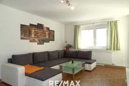 Große 4-Zimmer-Wohnung mit Wohnküche und Balkon