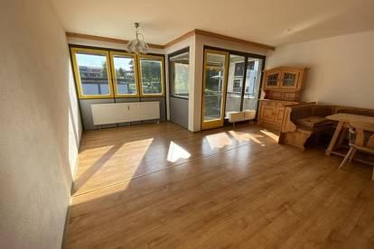 Vomp - Sonnige Dachgeschoßwohnung in guter Lage