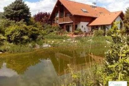 B. Gumpoldskirchen - Top Ein bzw. Mehrfamilienhaus in mit großem Garten , 2 Garagen , Schwimmteich , Wintergarten und unverbautem Fernblick!