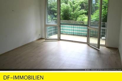Balkonwohnung mit Gartenblick Nähe Rosensteingasse!